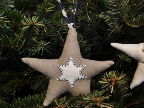 Weihnachtsbaumstern aus grauem Leinen von Artefina Design