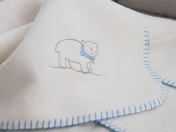 Babydecke / Schlafdecke mit Eisbär in hellblau von Fussenegger