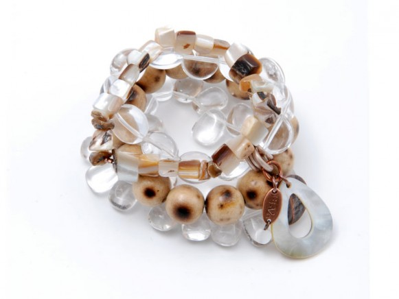 FIVA Armband (4er Set Bergkristall, Perlmutt, Holzkugeln)