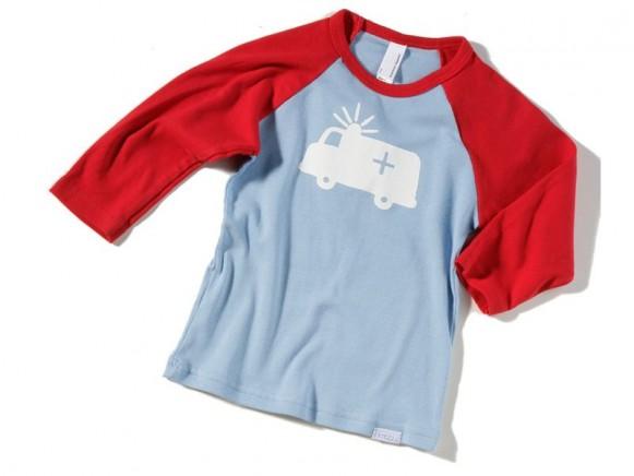 Kinder-Shirt mit weißem Notarztwagen von Fritzi Shirt (3/4 Arm)