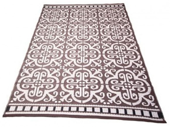 Teppich im Fliesendesign in dunkelbraun / creme von Handed By