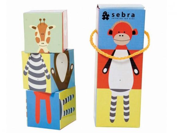 Pappwürfel mit Zootieren als Stapelpuzzle von Sebra