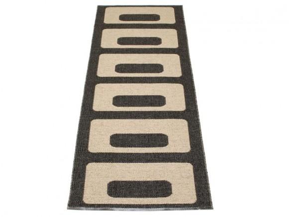 Kunststoffteppich Owen in schwarz / hellnougat von Pappelina