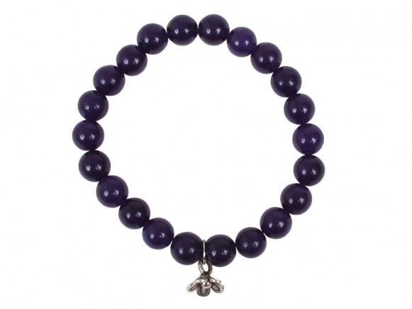 Armband mit dunkelvioletten Steinen und Anhänger von RICE
