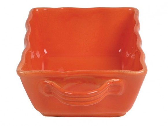 Kleine orangefarbene Auflaufform im Toskana-Stil von RICE