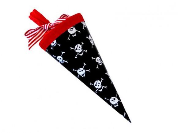 Kleine Schultüte Piratenkopf von krima & isa