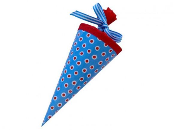 Kleine Schultüte Blau mit roten Tupfern von krima & isa