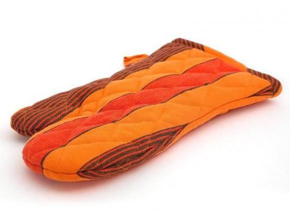 Backhandschuh / Ofenhandschuh in Orangetönen von Solwang
