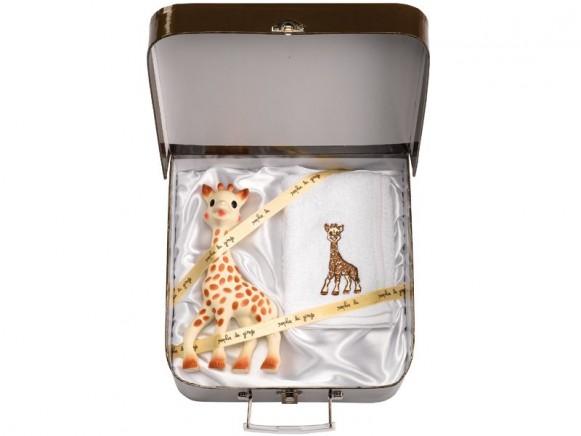 Geschenkkoffer Sophie la girafe mit Handtuch