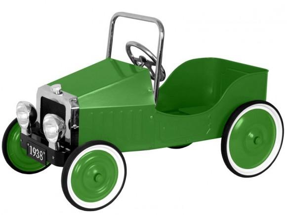Grünes Tretauto aus Metall