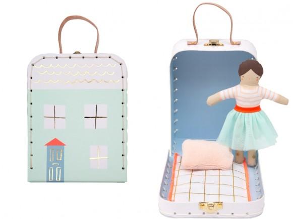 Meri Meri Minipuppe im Koffer LILA
