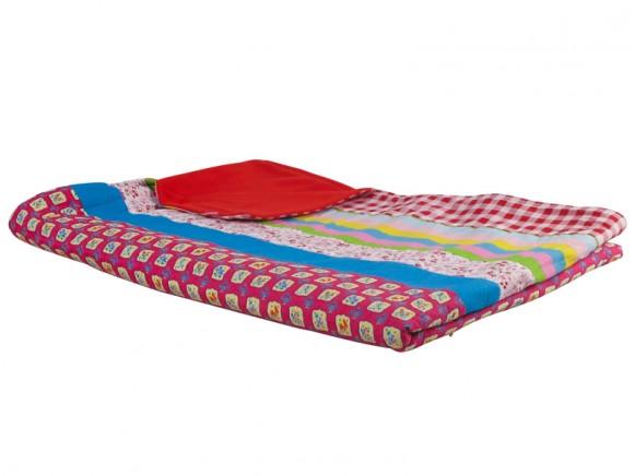 Decke mit diversen Mustern und Fleece von RICE