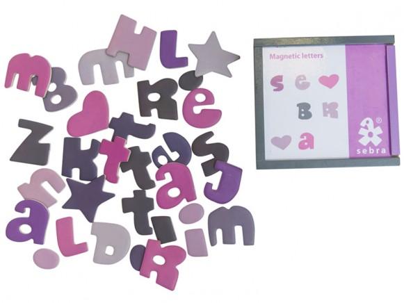 Sebra Magnetbuchstaben in Mädchenfarben