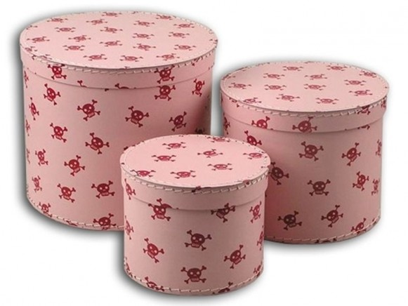 Box in pink with little red pirate skulls by TOYS & Company