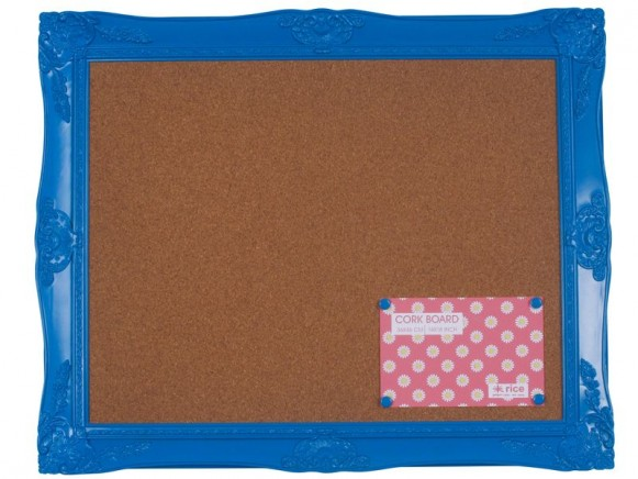 Acrylic memory board with 4 pins in blue by RICE Denmark