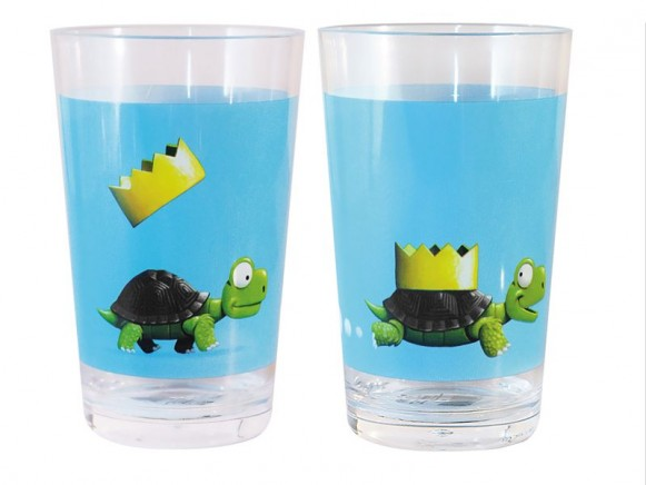 Cup with turtle by Scratch