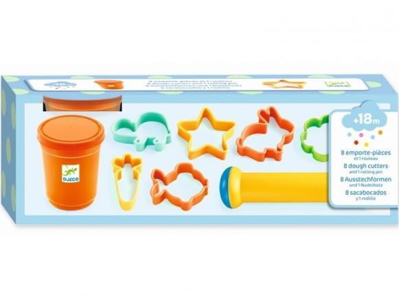 Djeco Dough Set with 8 Cutters and1 Roller