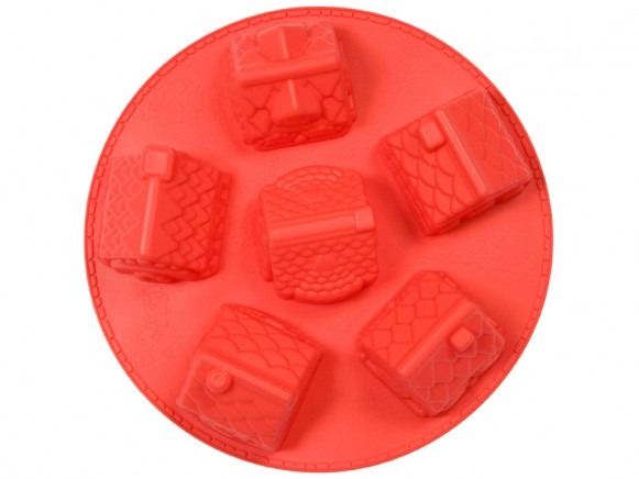 3D winter village silicone baking mold in red by RICE Denmark
