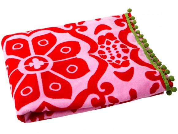 Red printed RICE bath towel