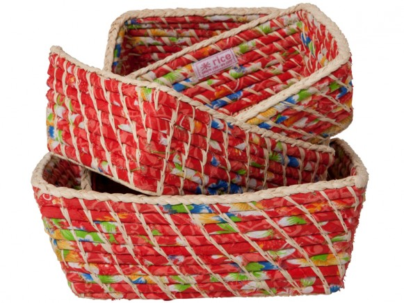 Bread baskets in natural/red fabrics by RICE