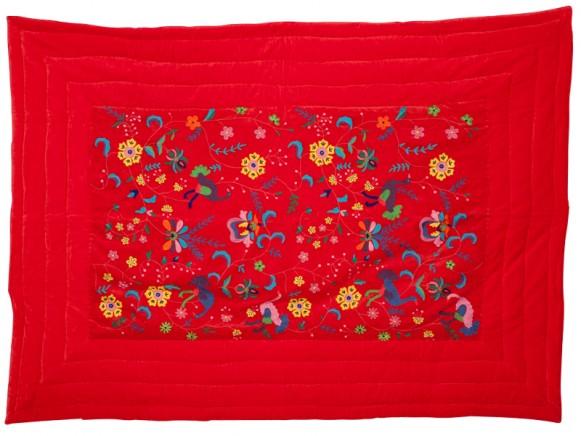 Embroidered blanket in red velvet by RICE Denmark