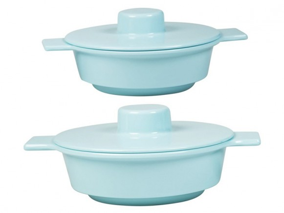 Mint melamine serving bowls with lid by RICE Denmark