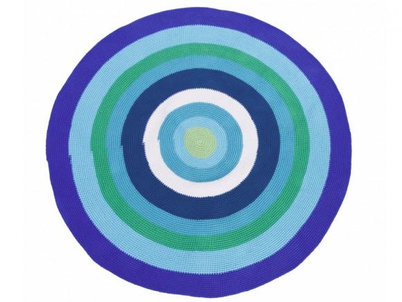 Round crochet carpet in blue-green by Sebra
