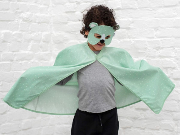 Trixie Cape & Mask MR. POLAR BEAR