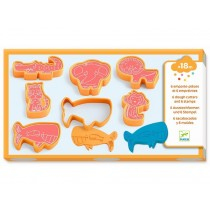 Djeco 3-6: Cutters and Stamps for Modelling Clay WILD ANIMALS
