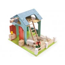 Le Toy Van Blue Barn Set