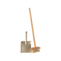 Maileg Doll House BROOM SET