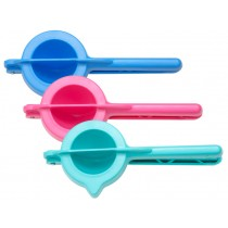 Citrus squeezer in assorted colours by RICE Denmark