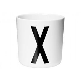 DESIGN LETTERS Arne Jacobsen Melamin Becher X