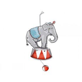 krima & isa jumping ELEPHANT
