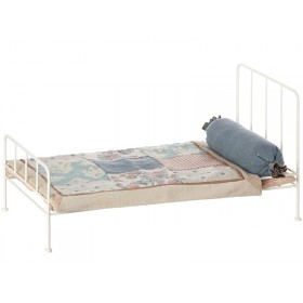 Maileg Metal Bed with Bedding offwhite medium