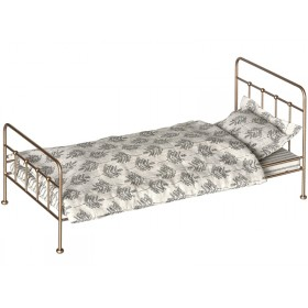 Maileg Metal Bed with Bedding offwhite gold