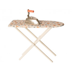 Maileg IRONING SET